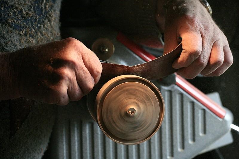 Le travail du bois. 6ponaa10