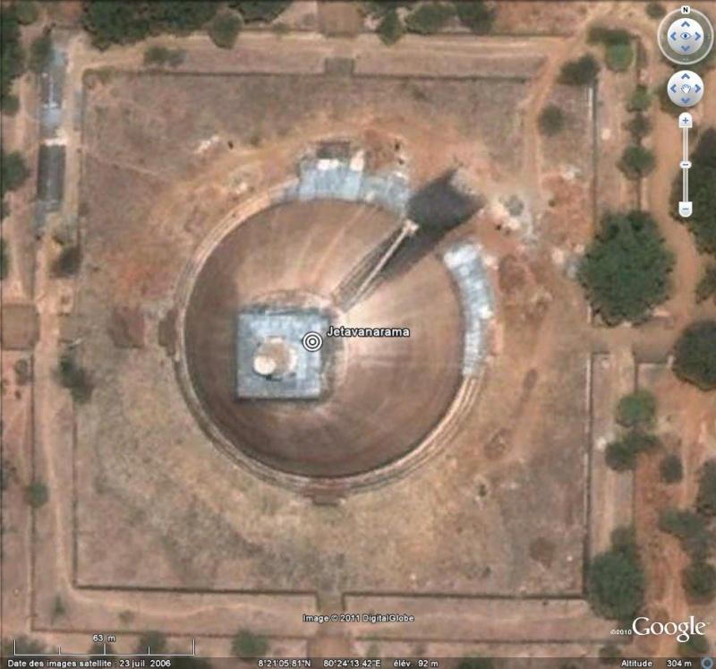 [SRI LANKA] - Dagoba de Jetavanarama à Anuradhapura  0110