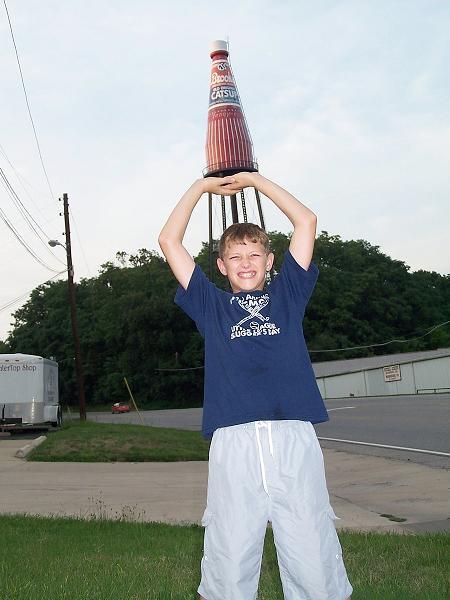 Ketchup géant à Collinsville, Illinois - USA Davidc10