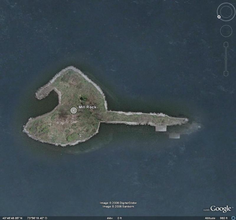 Les objets familiers vus sur Google Earth : écrous - tapis - planche... & caetera - Page 4 Mr10