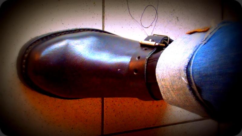 j ai fabrique une botte de moto look vintage annee 50 Dsc01112