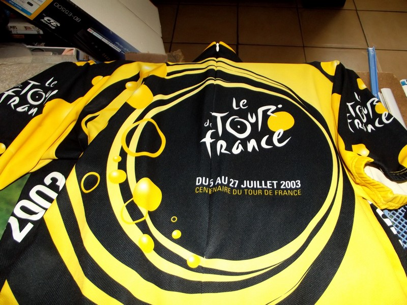 MA COLLECTION D OBJET TOUR DE FRANCE 01110