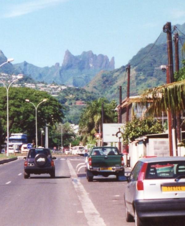 [Tahiti] Il n'y avait pas que le front de mer a Tahiti - Page 4 Le_dia11