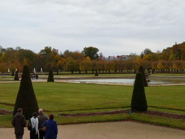 Promenade dans les jardins de Fontainebleau 15110