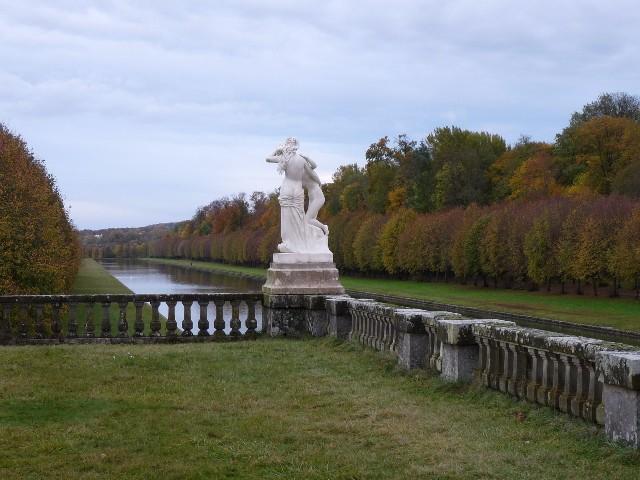 Promenade dans les jardins de Fontainebleau 21110