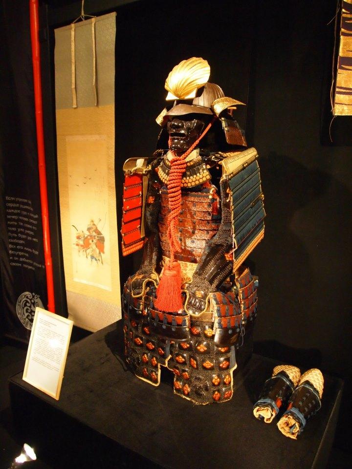 Exposition à Kiev: armures samourai (photos) Aa11
