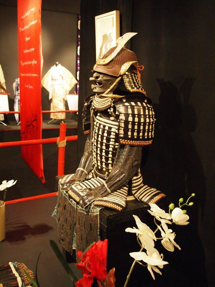Exposition à Kiev: armures samourai (photos) Gggg10