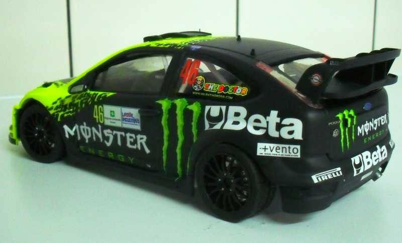 ford focus WRC 2009 Valentino Rossi - Page 2 Sam_3716