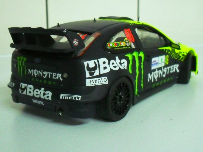 ford focus WRC 2009 Valentino Rossi - Page 2 Sam_3717