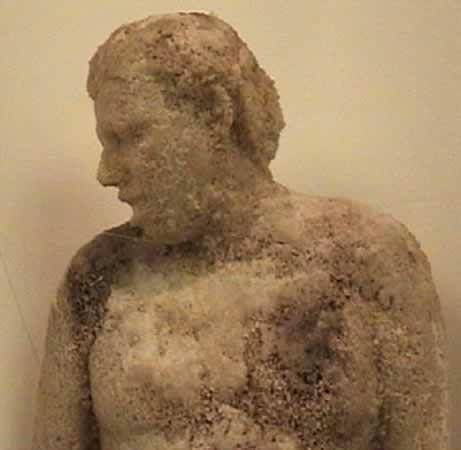 Estatua de barro Estatu10