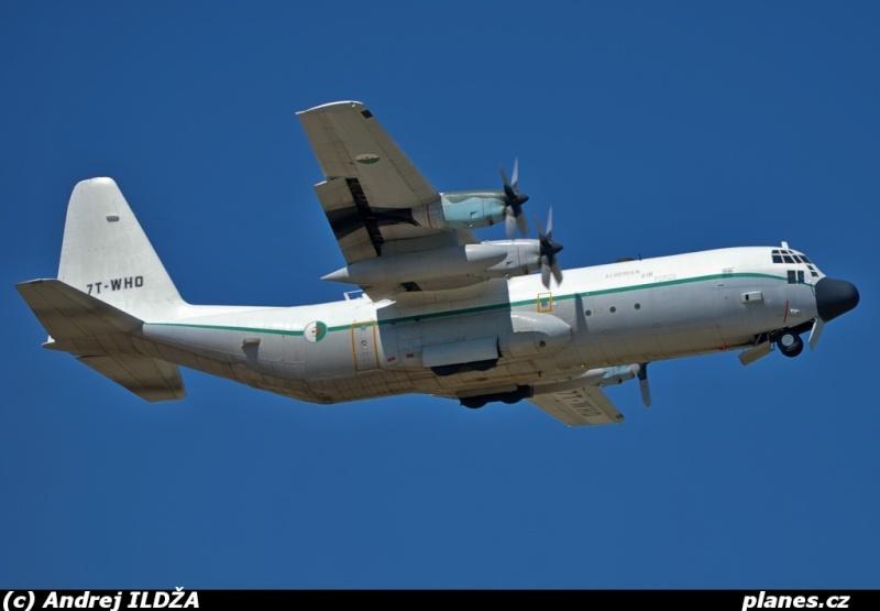 طائرة النقل سى-130 هرقل  CC-130 Hercules Photo10