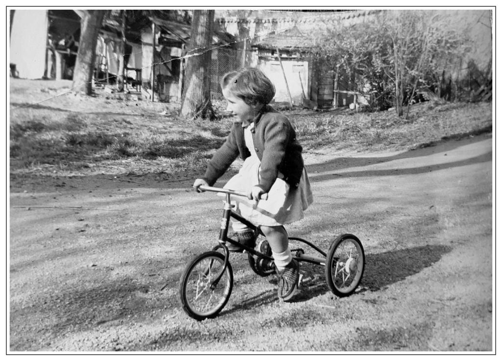 C. Premier vélo Franzo10