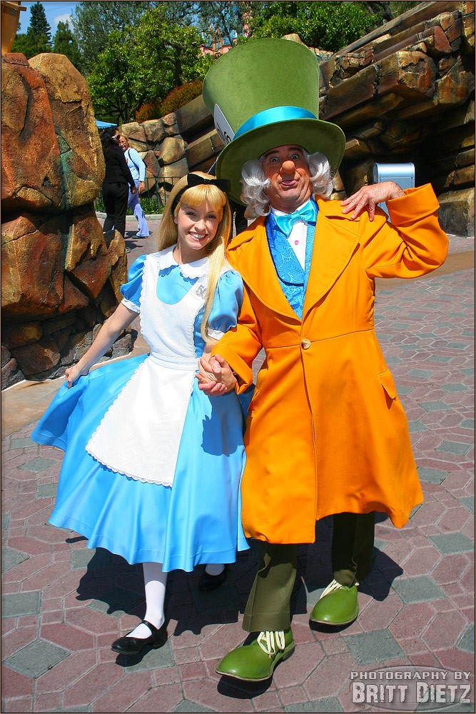 Alice au pays des merveilles iel Cos810