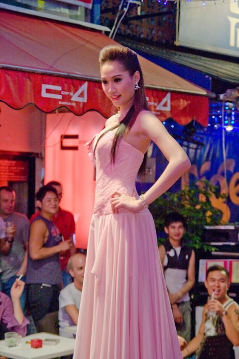 Bangkok TRansvestite....OVER 18 ONLY!! Img_5712