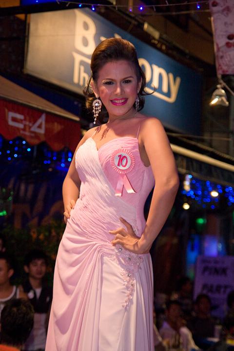Bangkok TRansvestite....OVER 18 ONLY!! Img_5810