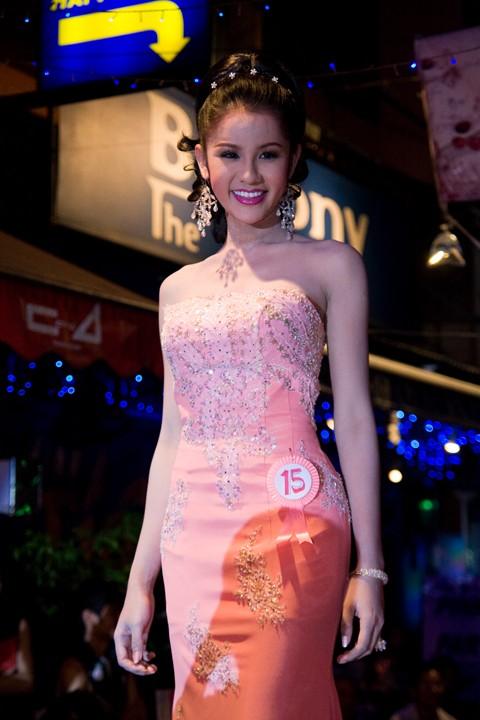 Bangkok TRansvestite....OVER 18 ONLY!! Img_5811