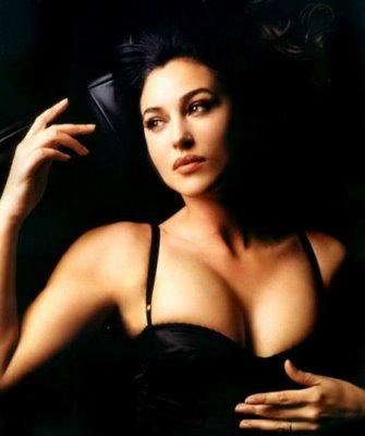 Les belles femmes Monica10