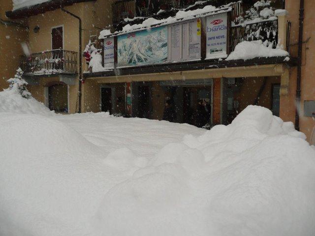Nevicata a Limone (cuneo) P1010811