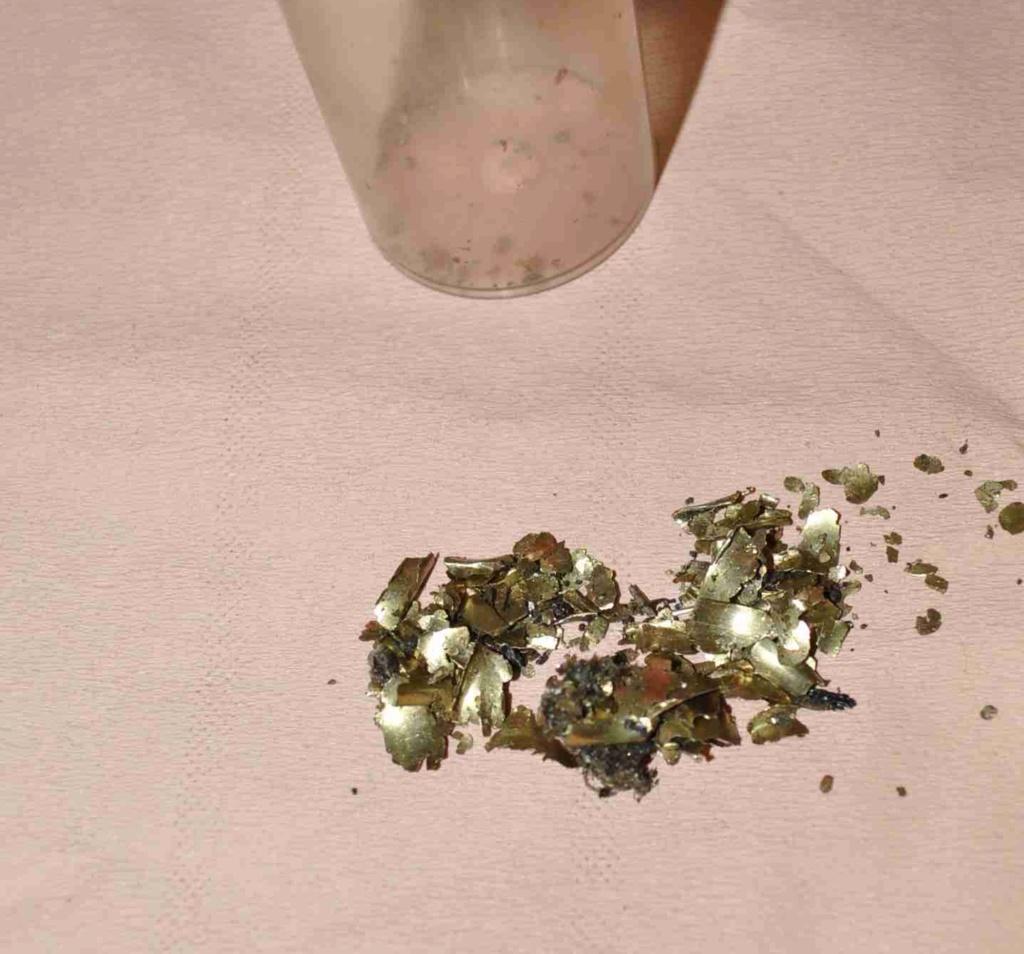 Particules bronze E110