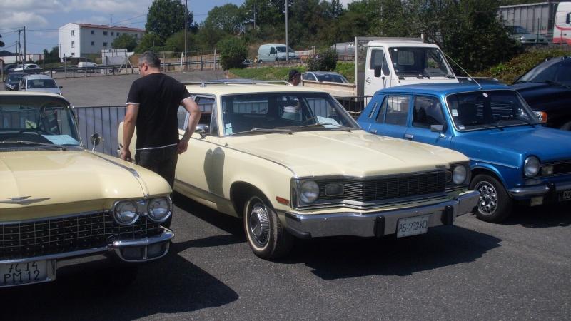 un petit rassemblement voitures anciennes en aveyron le 10 aout  Sdc18422