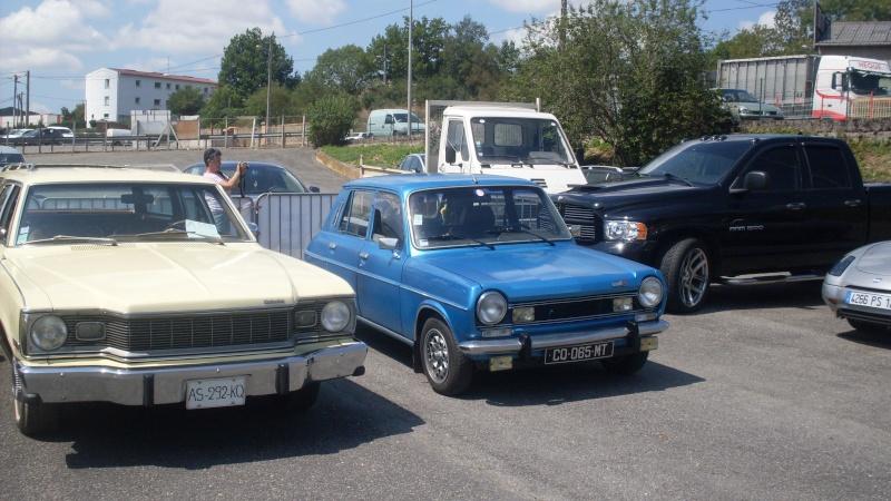 un petit rassemblement voitures anciennes en aveyron le 10 aout  Sdc18423