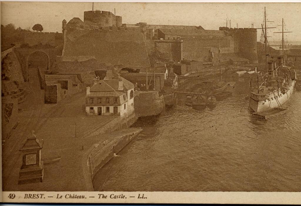 NEW - Brest et ses remparts Chatea11