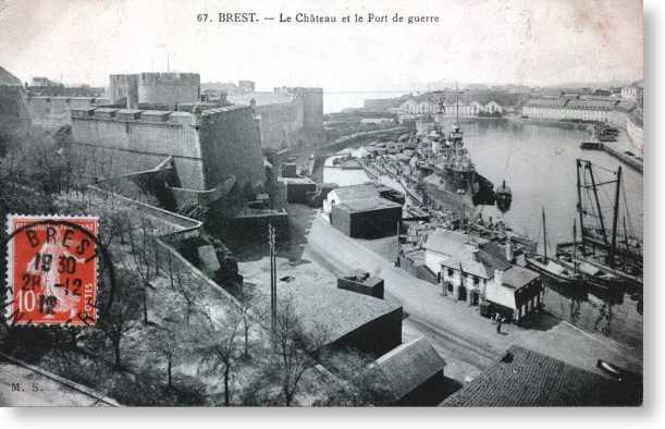 NEW - Brest et ses remparts Chatea12