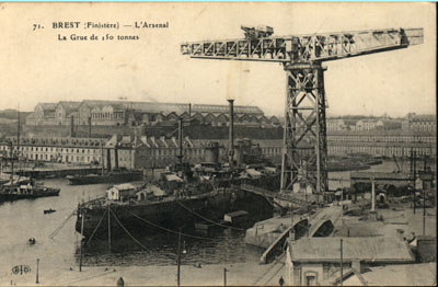 NEW - Brest et ses remparts Cpa_br11