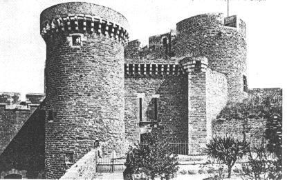 NEW - Brest et ses remparts - Page 2 Touraz10