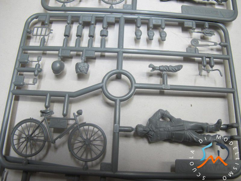 Recensione Kit German soldier whit bicycles e German machine gun crew on maneuver Img_3714