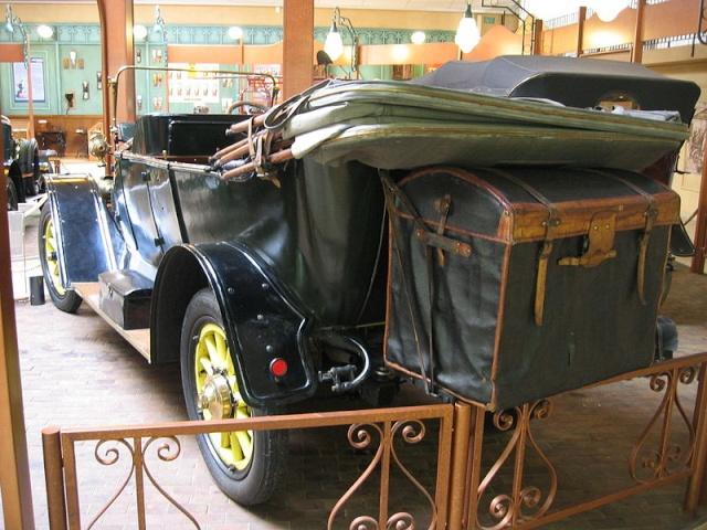 Le musée Peugeot(photos) - Page 2 800px-51