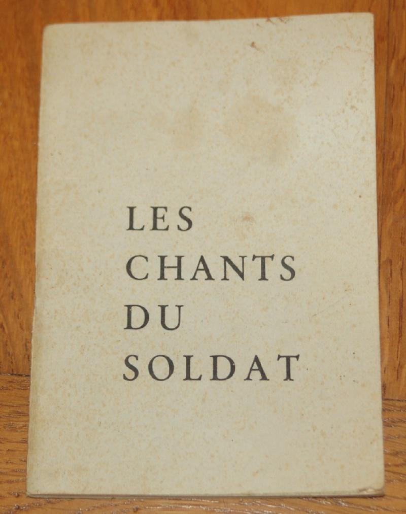 Les recueils de chansons des soldats. Dsc_0410