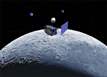 La Chine pourrait lancer un engin lunaire d'ici 2012 Kaguya10