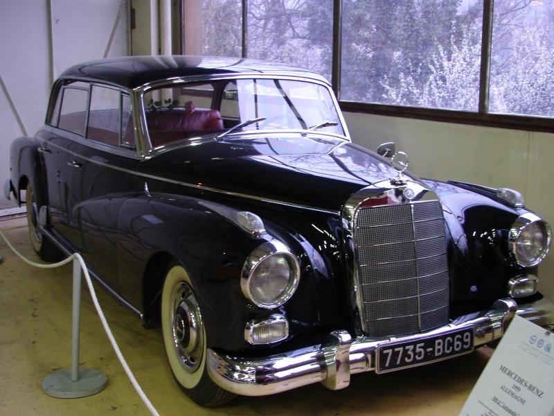 la 770 K du Führer (Adolf HITLER) Dsc00713