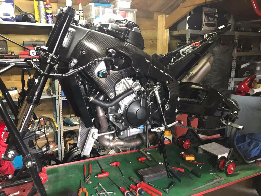 Préparation piste CBR 1000 RR-R 2020 18101211