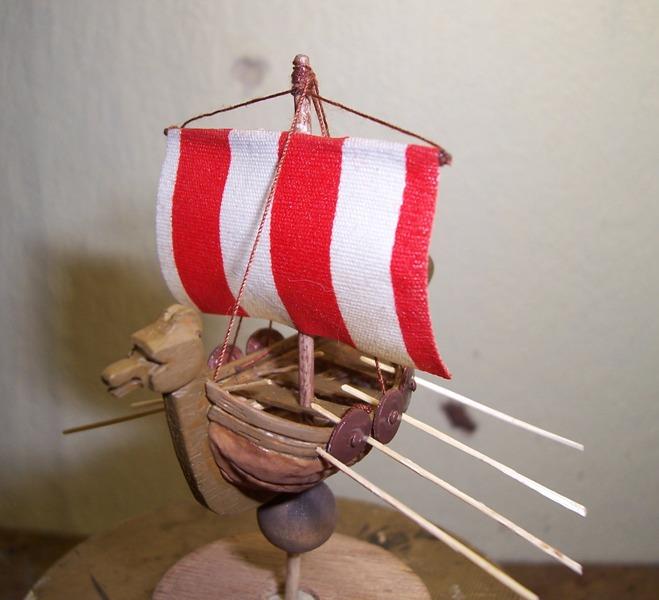 Maquette Drakkar de noix Cnland23
