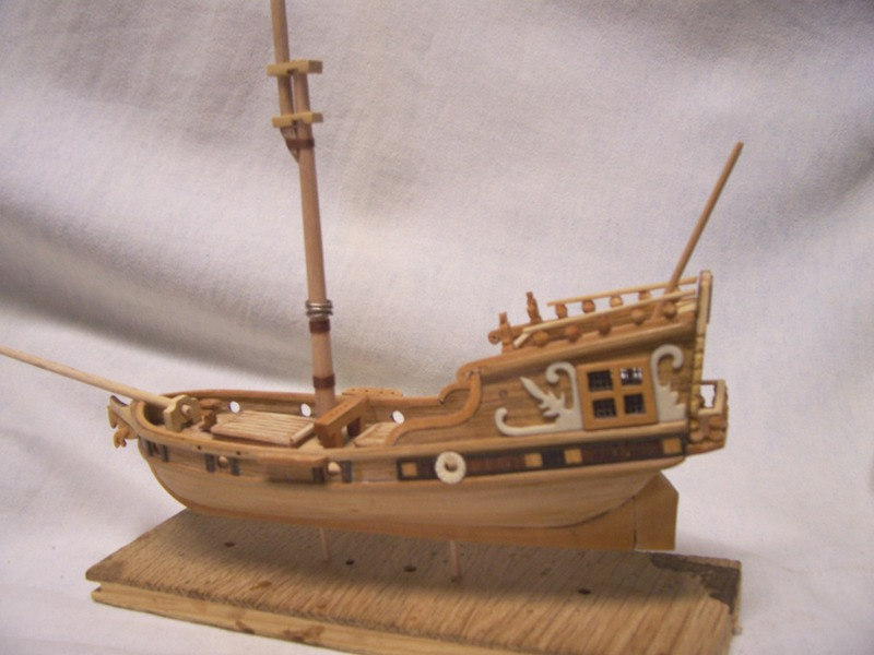 rénovation de mon premier bateau en bois yatch du 16ème R110