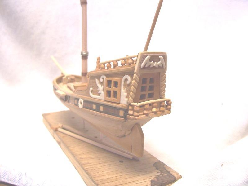 rénovation de mon premier bateau en bois yatch du 16ème Weeb10