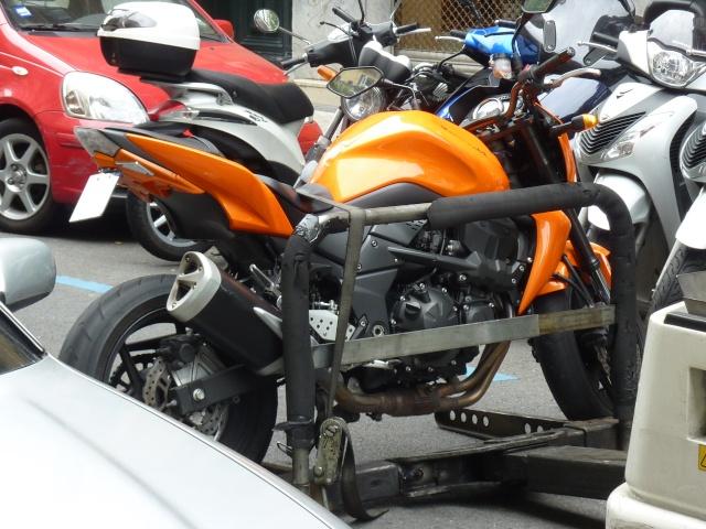 La fourrière pour moto P1010212