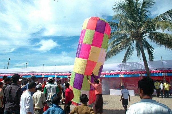 TOAB Beach Festival In Cox's Bazar 2008. N5446110