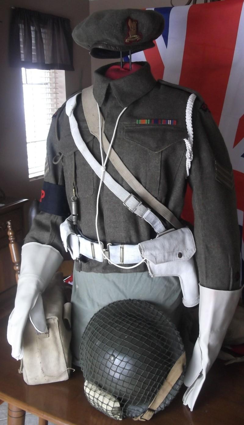 Provost Corps Canadan 39/45 deux version  Dscf7014