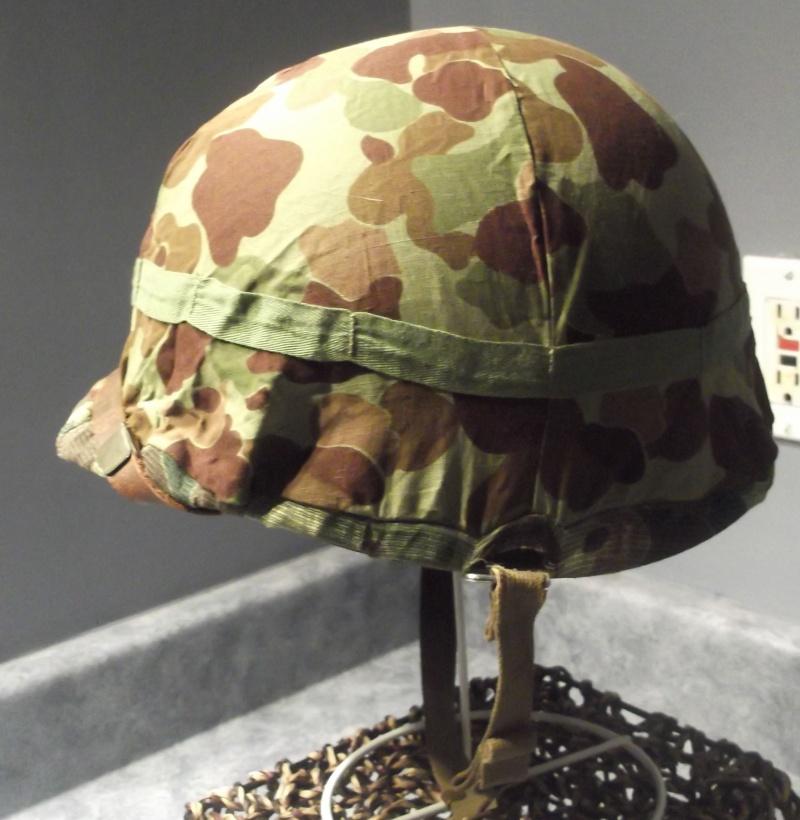 Couvre casque USMC dit mosquito sur M1 US Navy 1943 Dscf7136