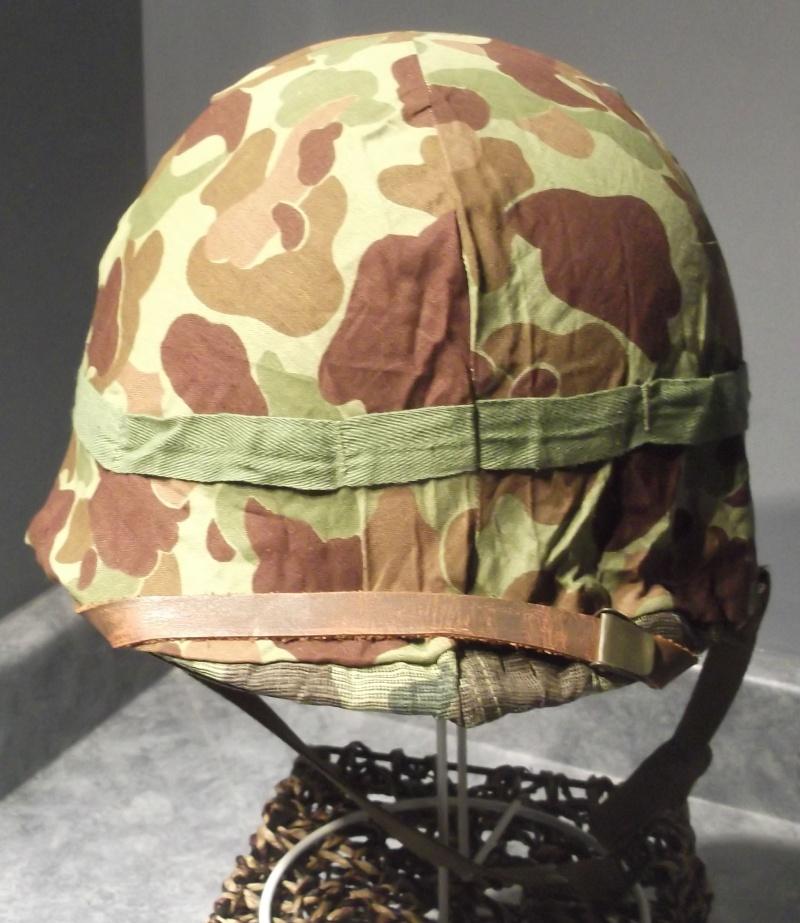 Couvre casque USMC dit mosquito sur M1 US Navy 1943 Dscf7137