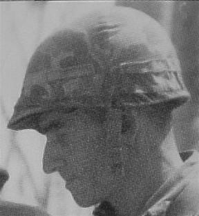 Couvre casque USMC dit mosquito sur M1 US Navy 1943 Post5113