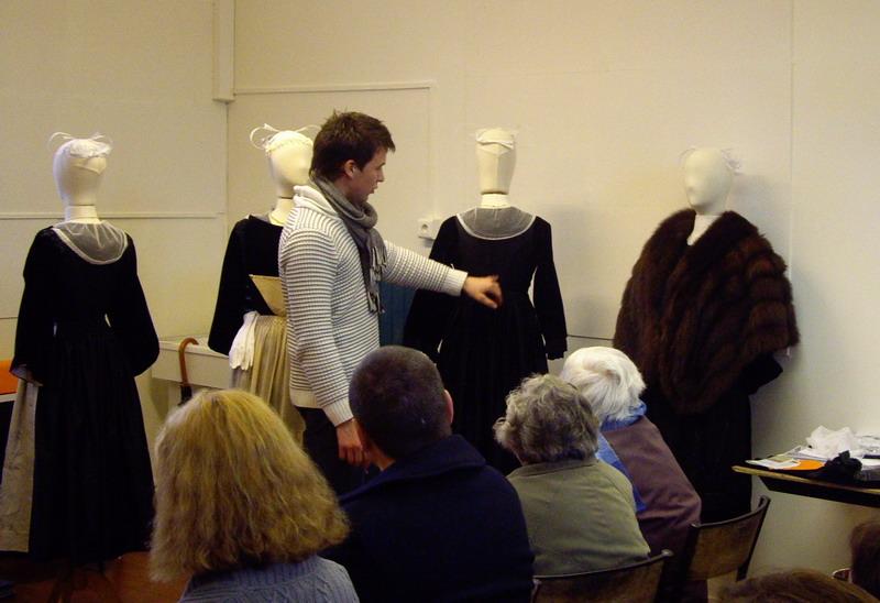 Présentation du Costume Traditionnel de Brasparts Imgp4224