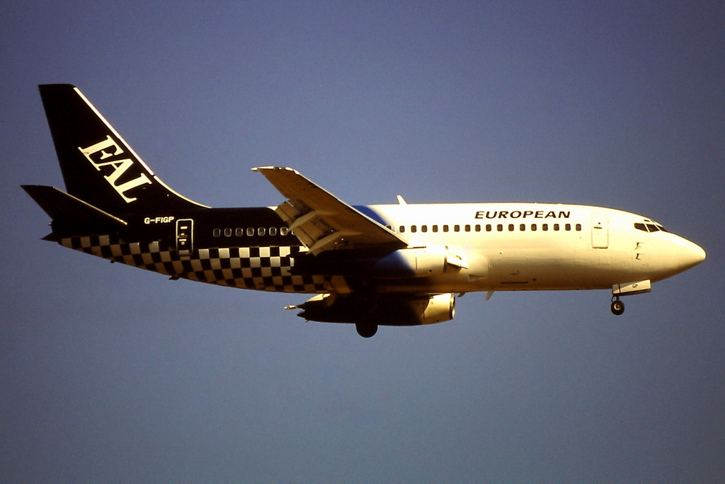 737 in FRA - Page 3 G-figp11