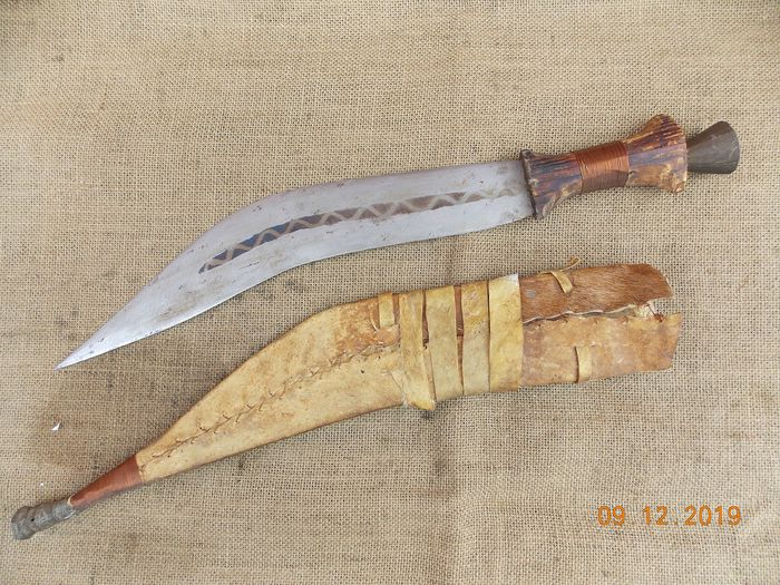 Avis, authentification poignard (algérien?) Coutea11