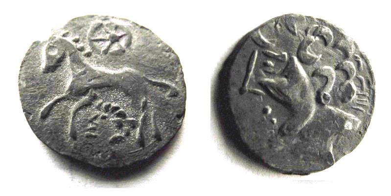 oeuvre d'art moderne inspirée de la numismatique arvenne (faux en étain) Mystar12