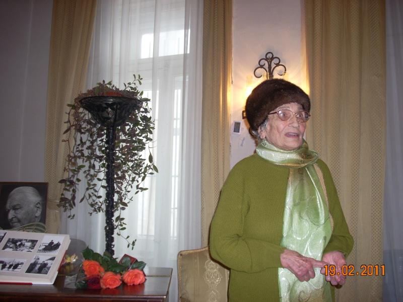 """19 februarie 2011-Sedinta a X-a Cenaclului U.P.-lansare de carte-""""Paralelele Sufletului""""-Florin Stratulat Cenacl14"""