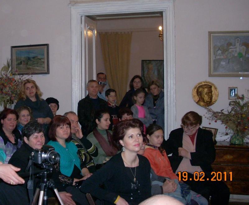 """19 februarie 2011-Sedinta a X-a Cenaclului U.P.-lansare de carte-""""Paralelele Sufletului""""-Florin Stratulat Cenacl36"""